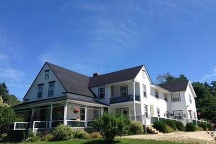 Pet Friendly Anchorage House and Cottages