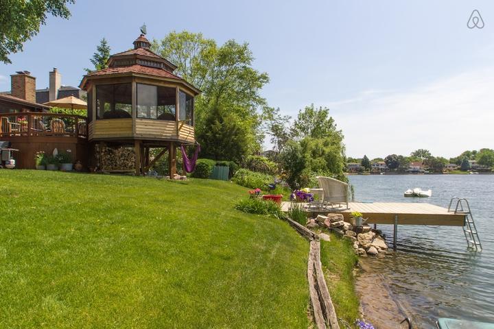 Pet Friendly Wauconda Airbnb Rentals
