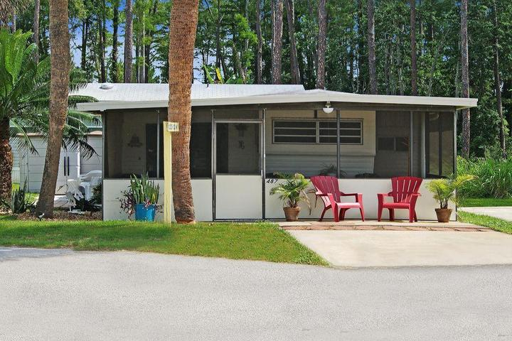 Peachy Pet Friendly Vacation Rentals In Ormond Beach Fl Bring Fido Beutiful Home Inspiration Ommitmahrainfo
