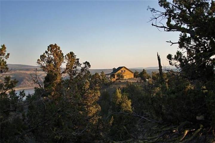 Pet Friendly Prineville Airbnb Rentals
