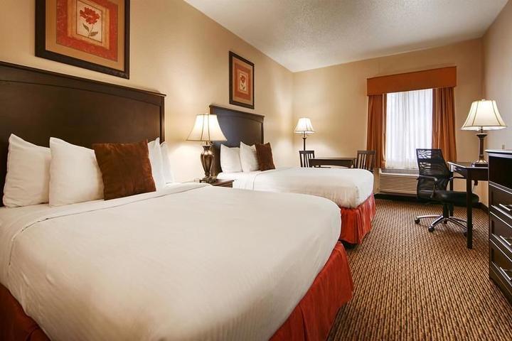 Pet Friendly Best Western River City Hotel