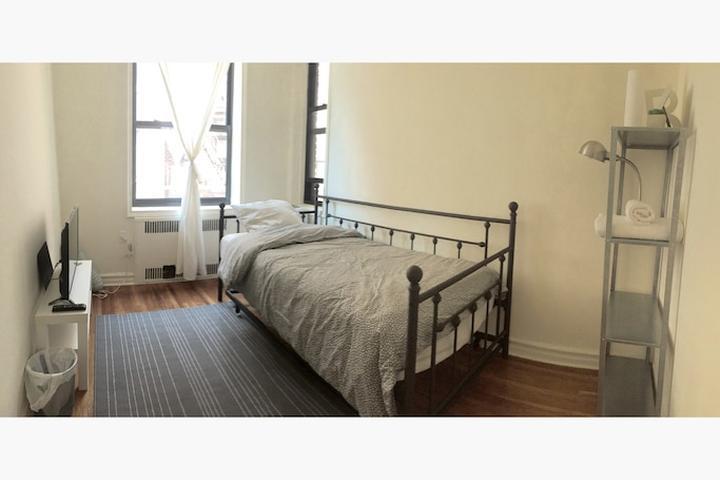 Pet Friendly Jackson Heights Airbnb Rentals