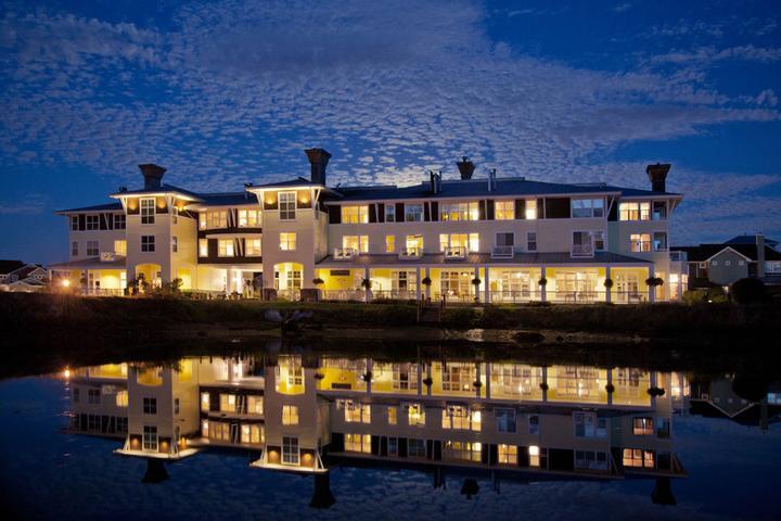 Pet Friendly Port Ludlow Inn