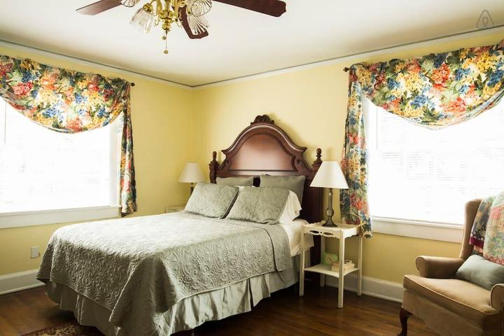 Pet Friendly Gastonia Airbnb Rentals
