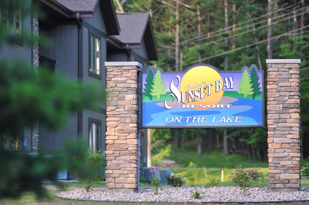 Baker S Sunset Bay Resort Is Pet Friendly