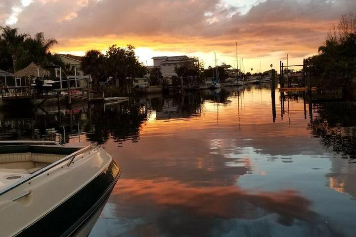 Pet Friendly Harbor House on the Water Pet & Boat Friendly