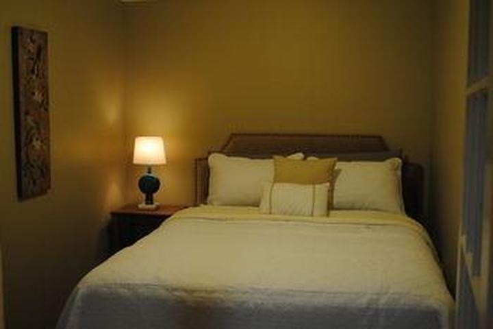 Pet Friendly Empire Inn and Suites