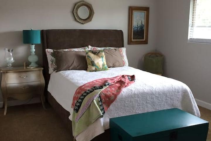 Pet Friendly Hayward Airbnb Rentals