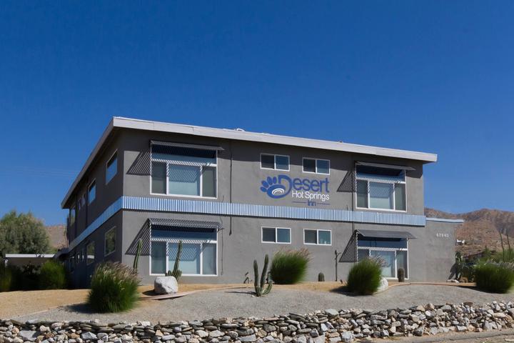 Pet Friendly Desert Hot Springs Inn