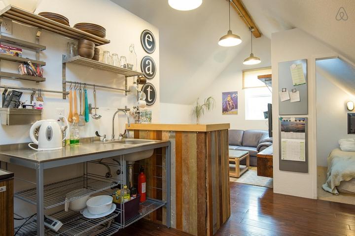 Pet Friendly Salmon Creek Airbnb Rentals