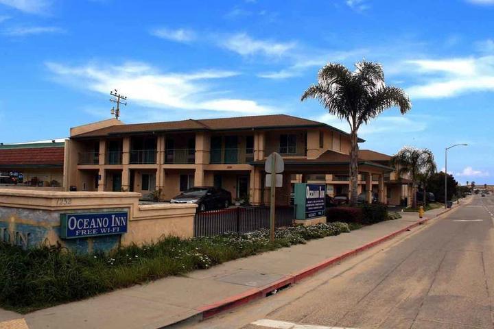Pet Friendly Oceano Inn