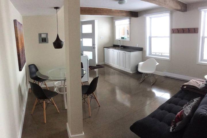 Pet Friendly Stoneham et Tewkesbury Airbnb Rentals