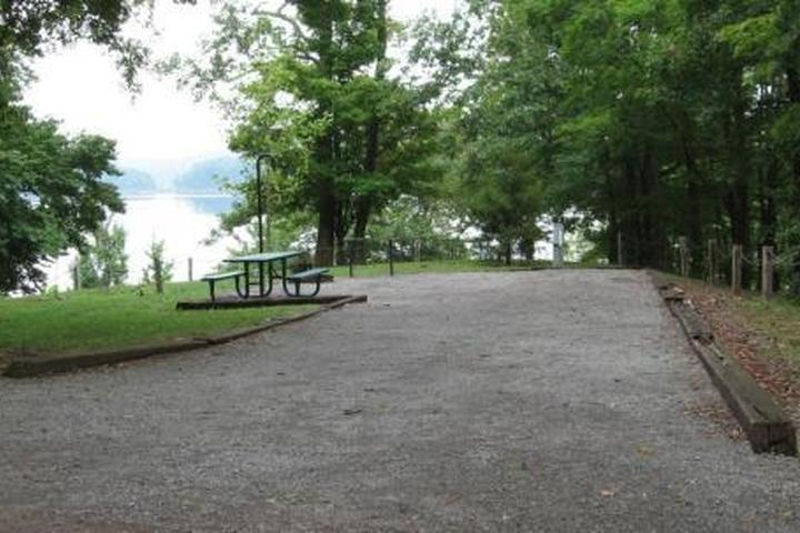 Pet Friendly Baileys Point Campground