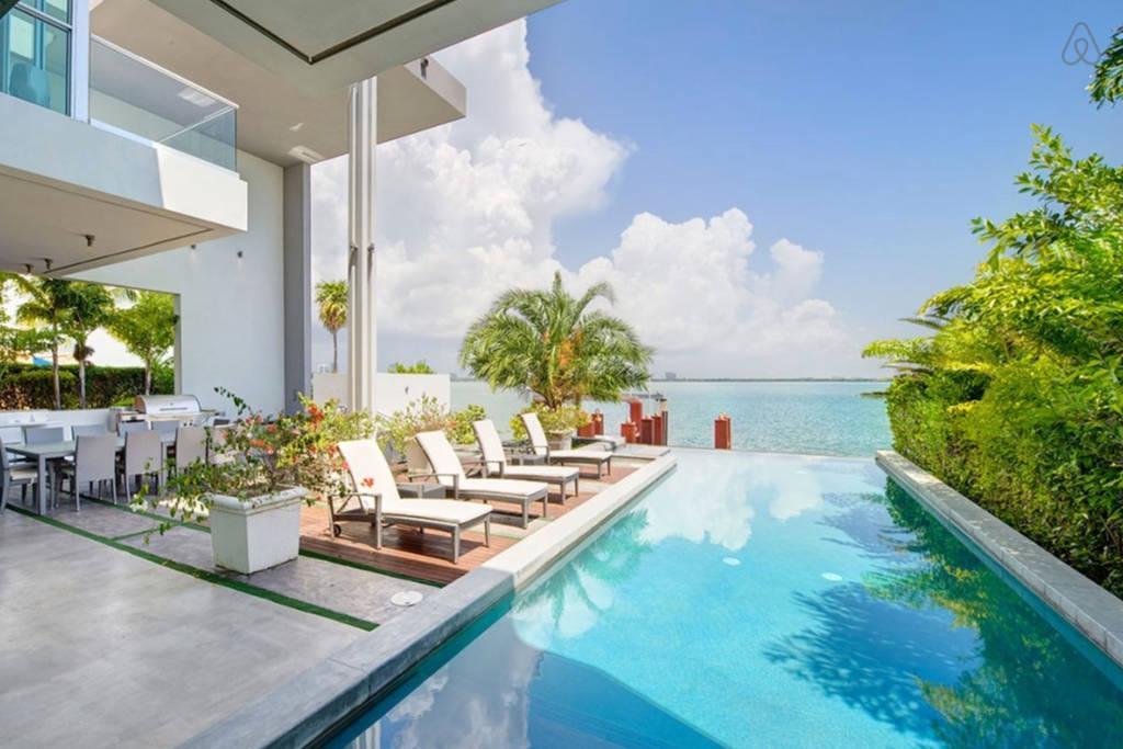 miami beach airbnb rentals pet policy