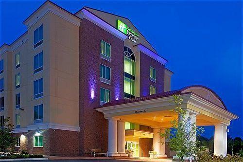 Dog Friendly Jacksonville Hotel