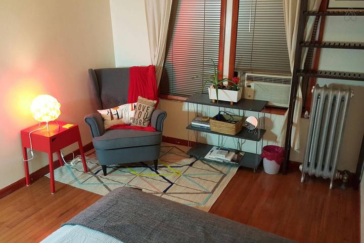 Pet Friendly Woodside Airbnb Rentals