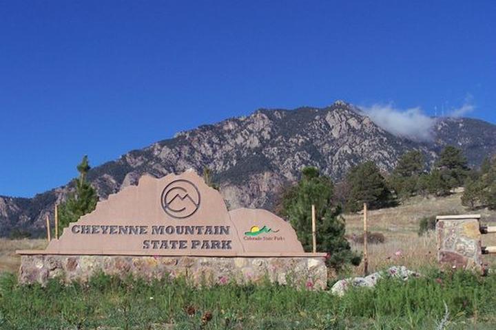 Pet Friendly Cheyenne Mountain State Park Campground