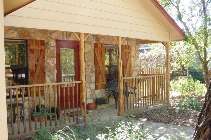 Superb Pet Friendly Vacation Rentals In Wimberley Tx Bring Fido Beutiful Home Inspiration Ommitmahrainfo