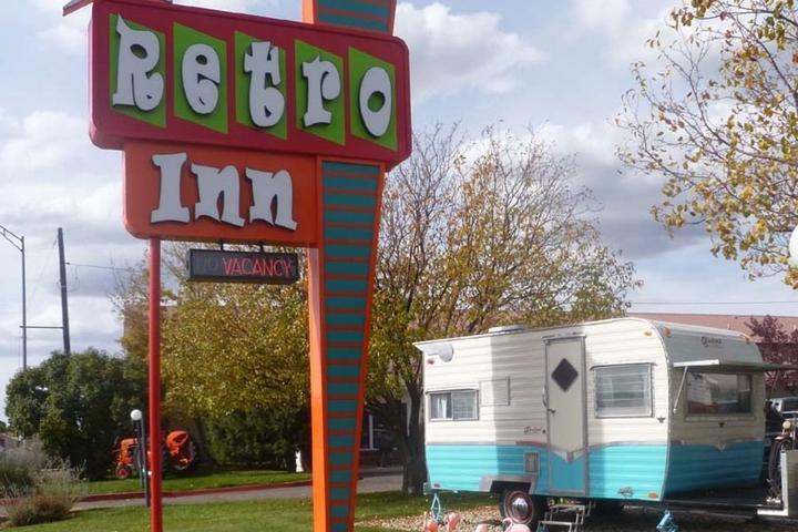 Pet Friendly Retro Inn at Mesa Verde