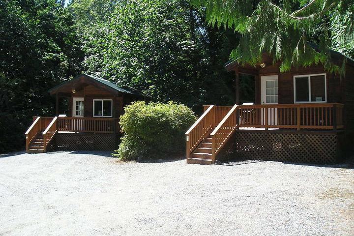 Pet Friendly Mount Vernon RV Campground