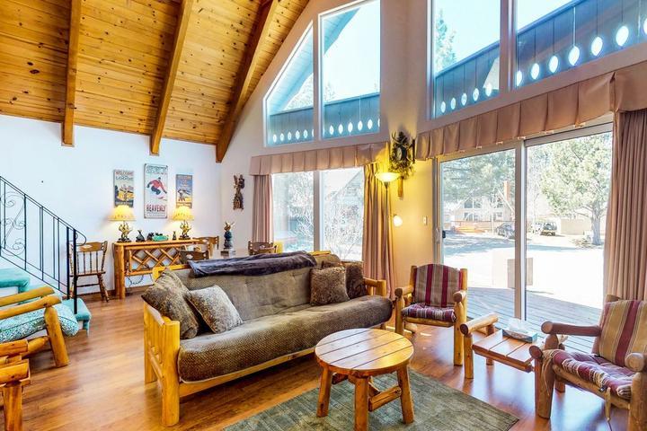 Pet Friendly Hotels in Lake Tahoe, NV - Bring Fido
