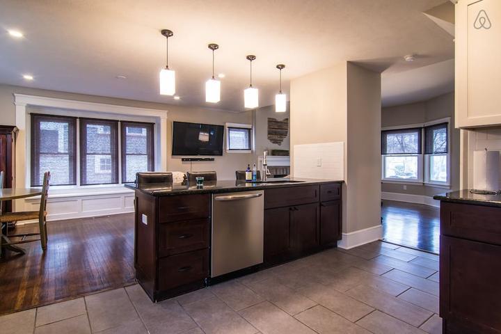 Pet Friendly Avon Lake Airbnb Rentals