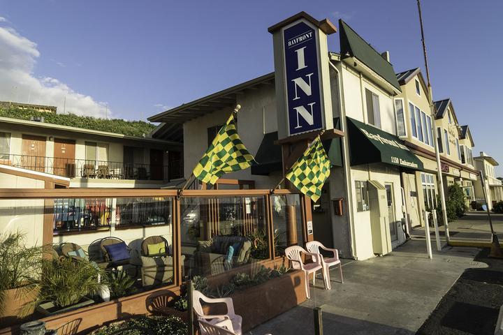 Pet Friendly Bayfront Inn