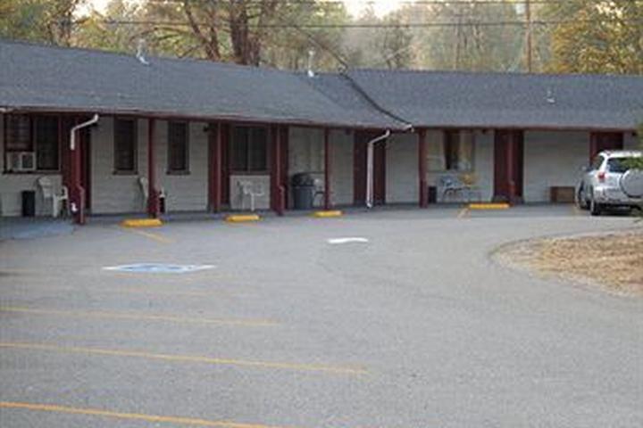 Pet Friendly Shasta Dam Motel