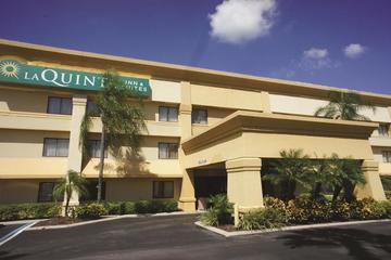 Pet Friendly La Quinta Inn & Suites Tampa Brandon West
