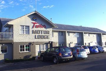 Pet Friendly Tudor Motor Lodge