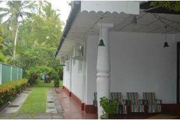 Pet Friendly Mihin Villa Bentota