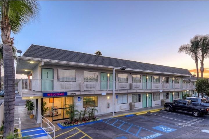 Pet Friendly Motel 6 Rosemead