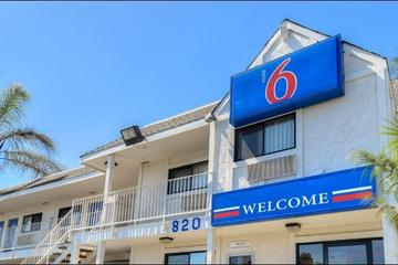Pet Friendly Motel 6 Los Angeles Harbor City