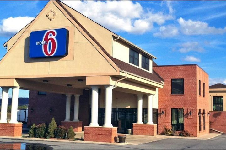 Pet Friendly Motel 6 Lexington