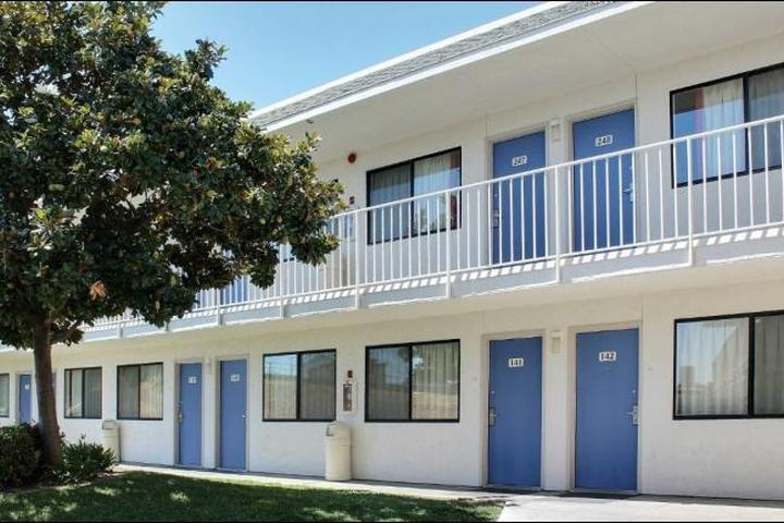 Pet Friendly Motel 6 Atascadero