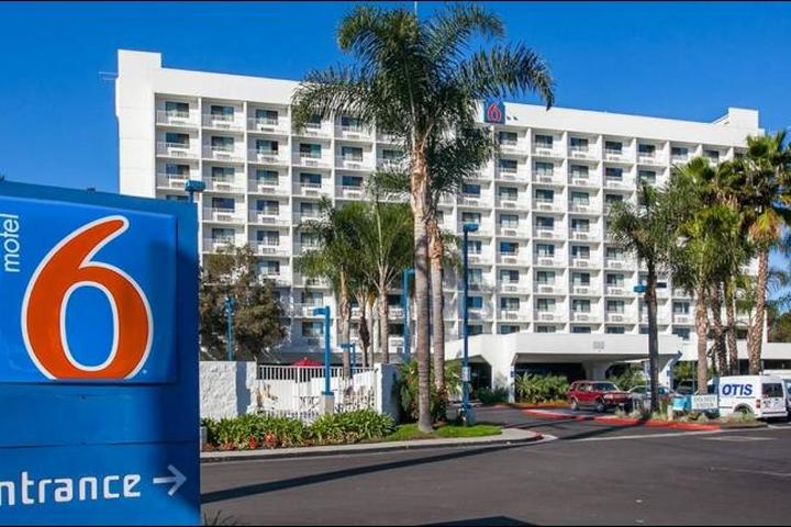 Pet Friendly Motel 6 Inglewood LAX