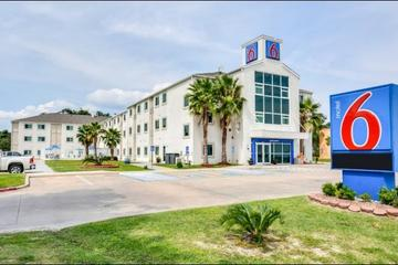 Motel 6 Biloxi Beach Pet Policy