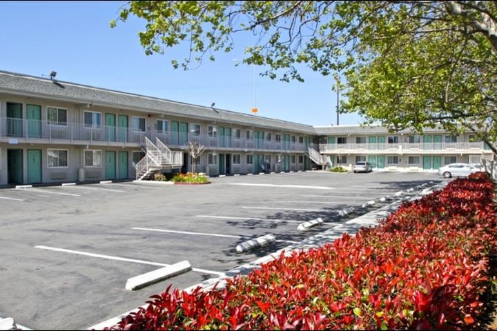 Pet Friendly Motel 6 Hayward