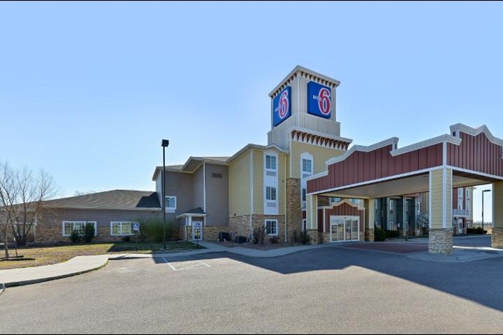 Pet Friendly Motel 6 Park City