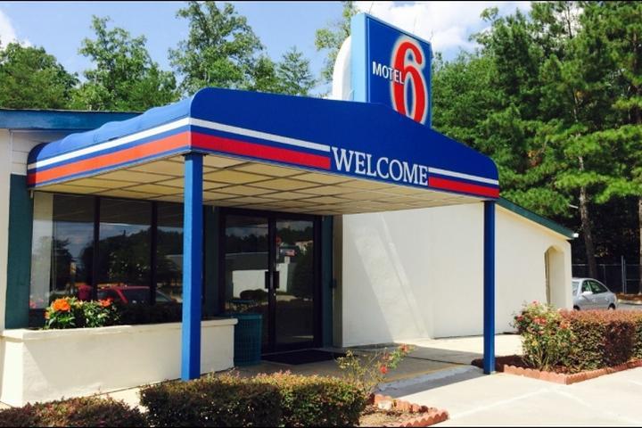 Pet Friendly Motel 6 Union City