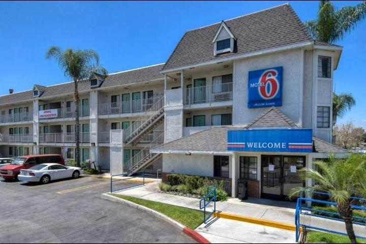 Pet Friendly Motel 6 Buena Park