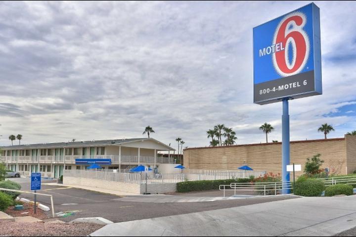 Pet Friendly Motel 6 Phoenix Sun City Youngtown
