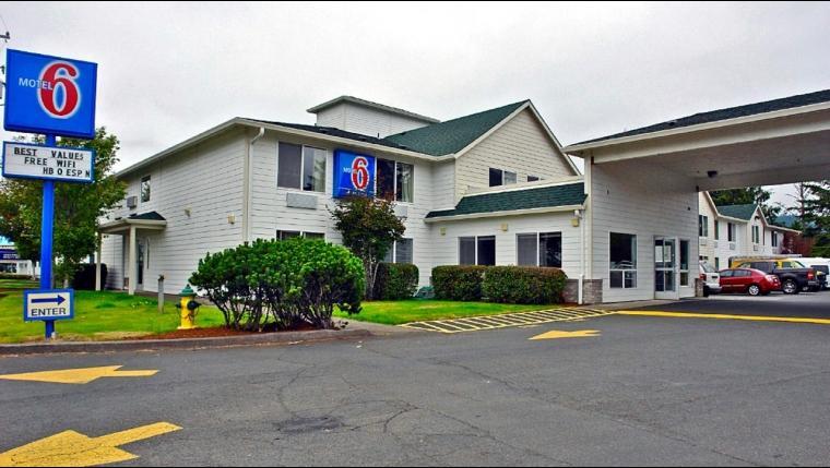 motel 6 seaside pet policy. Black Bedroom Furniture Sets. Home Design Ideas