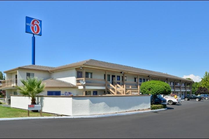 Pet Friendly Motel 6 Anderson Redding Airport