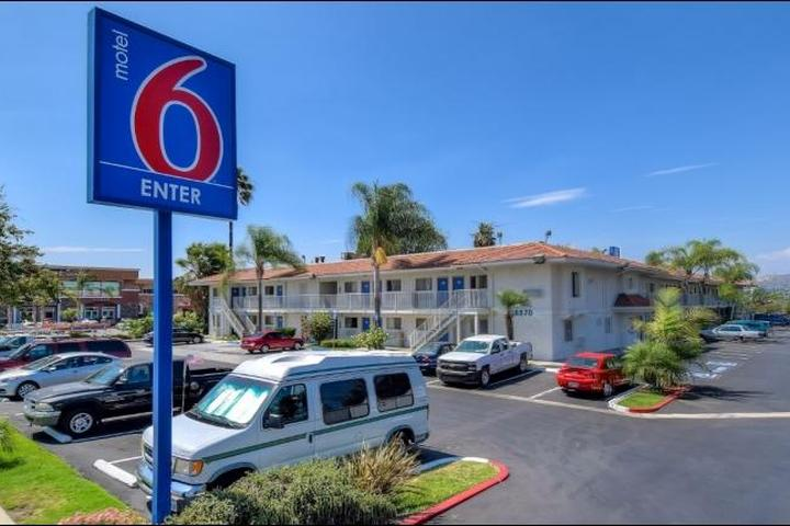 Pet Friendly Motel 6 Rowland Heights