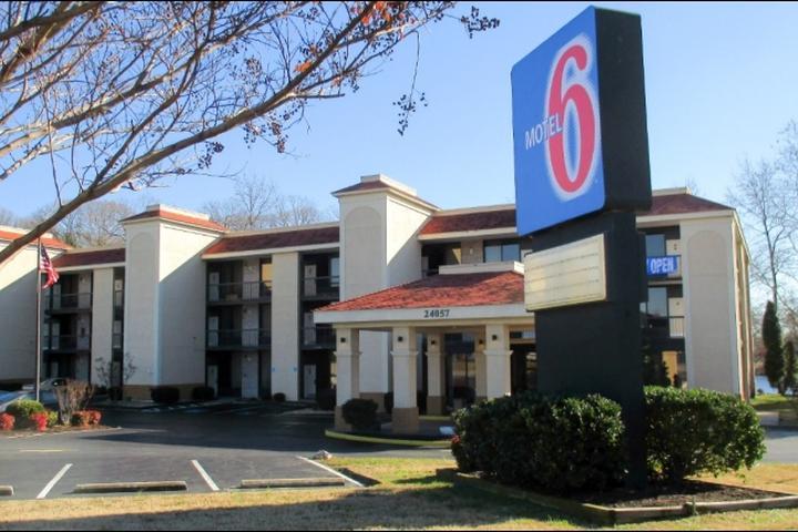 Pet Friendly Motel 6 Seaford