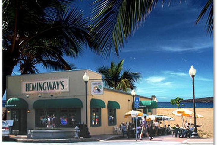 Pet Friendly Hemingway's Bar & Grill