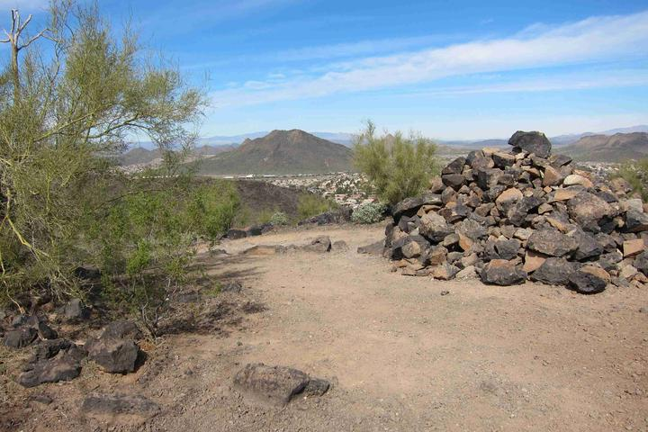 Dog Friendly Hiking Trails in Glendale, AZ - Bring Fido on