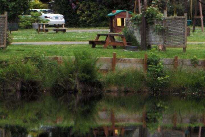 Pet Friendly Azalea Glen RV Park Campground