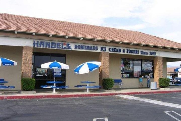 Pet Friendly Handel's Homemade Ice Cream and Yogurt